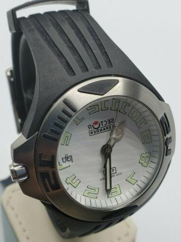 expander 130 date 40mn white dial swiss